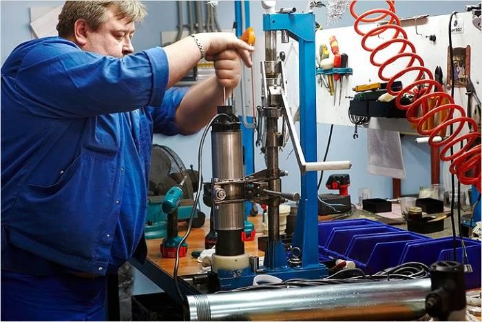 Принцип работы скважинного насоса