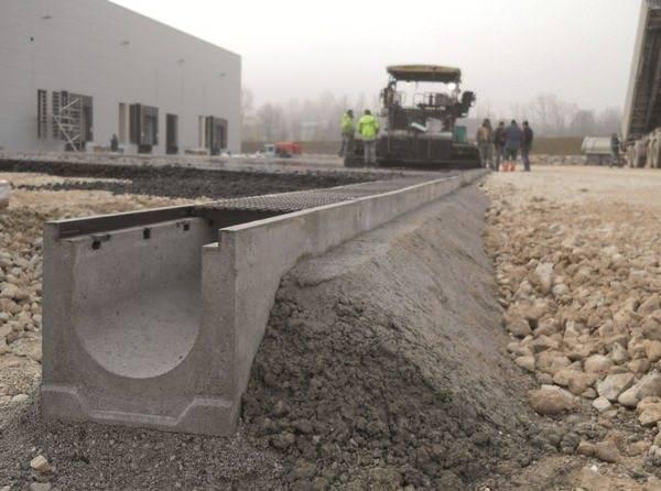 Лотки дренажные бетонные