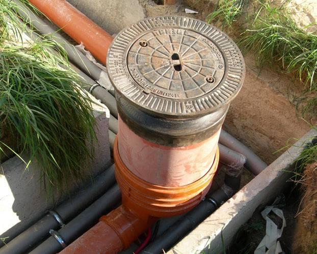 Монтаж колодцев канализации