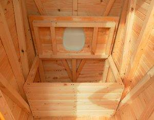 Постройка туалета на даче