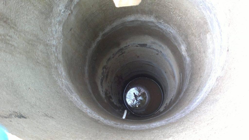 Как обустроить колодец из бетонных колец