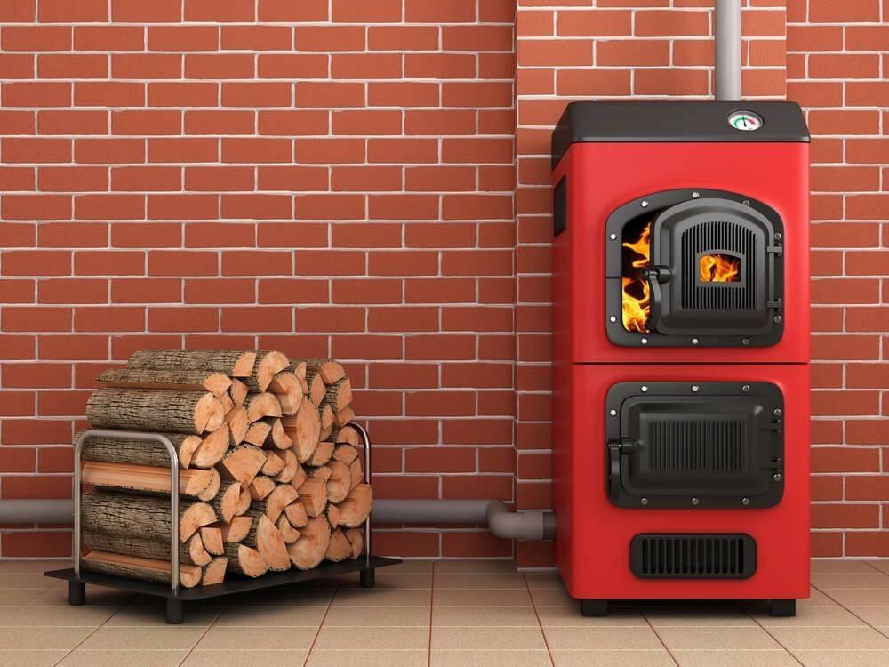Отапливать дом дровами сегодня выгодно