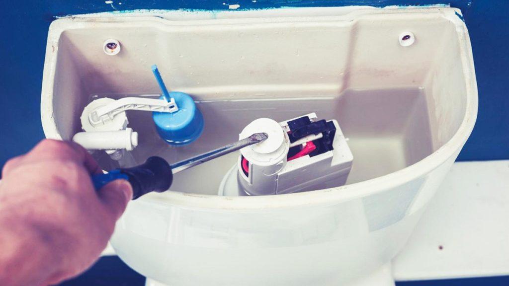 Почему медленно набирается вода в бачок унитаза