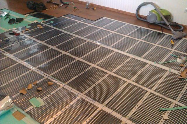 Тёплый электрический пол в деревянном доме