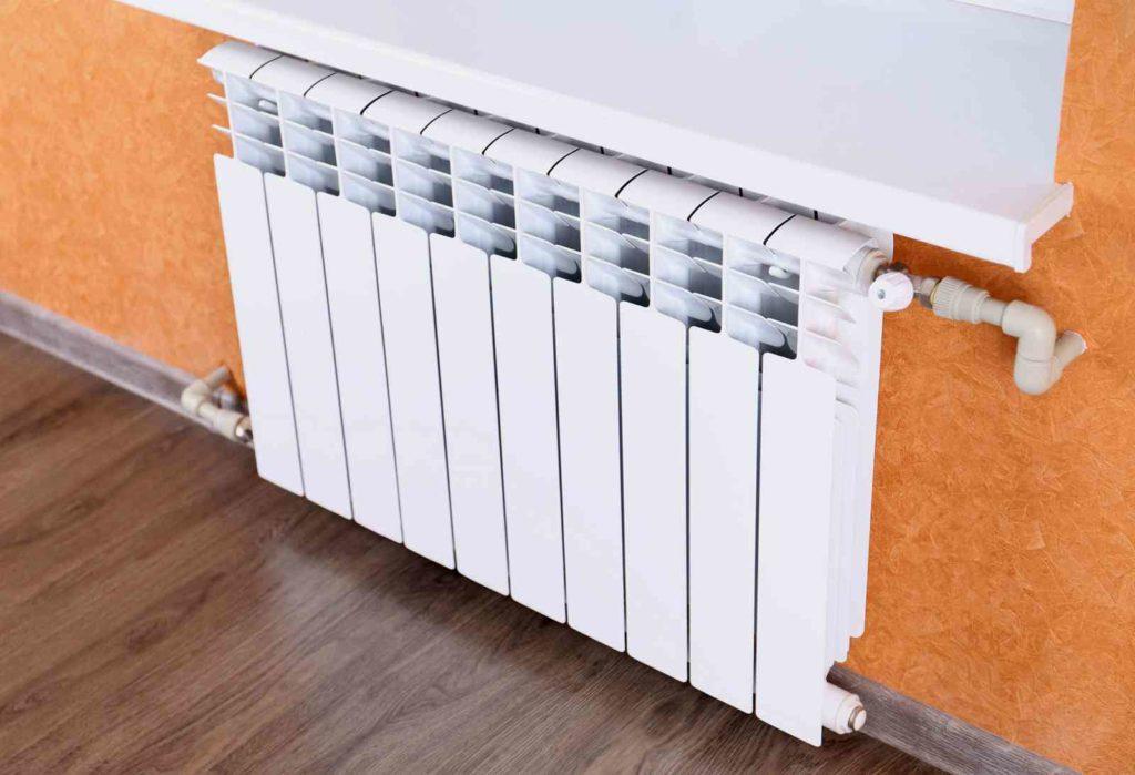 Секция радиатора отопления